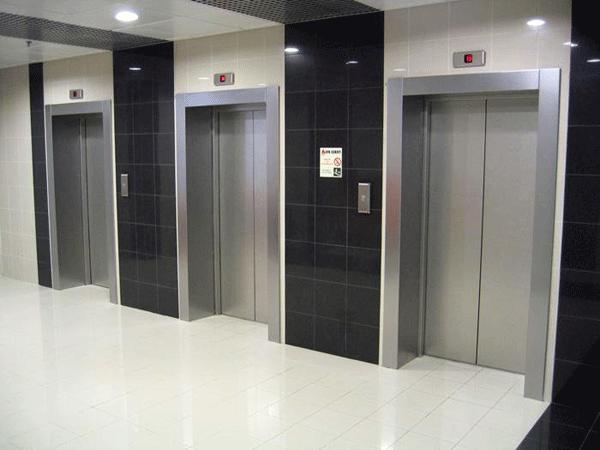 Servizio-controllo-elevatori-24h-Parma