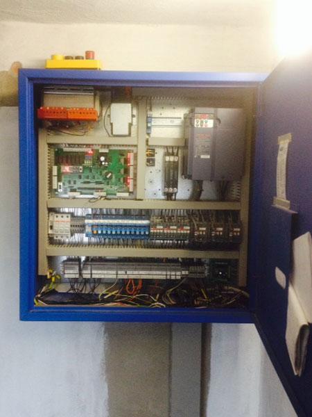 installazione-quadro-di-manovra-inverter