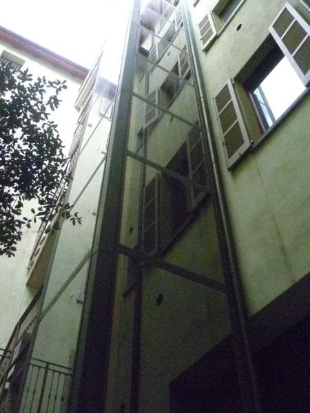 Piattaforme-elevatrici-acciaio-Collecchio