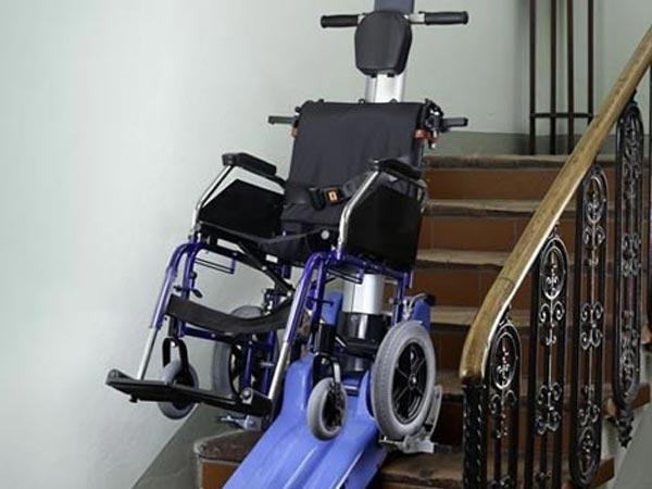 Verifica-montascale-per-disabili-reggio-emilia